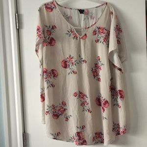Torrid, short sleeve blouse, floral, 4x